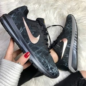 Brand new Nike ID rose gold sneakers